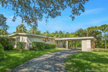 Home for Rent at 8100 SW 133rd St, Pinecrest FL 33156