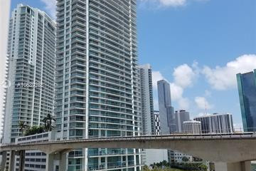 Home for Sale at 690 SW 1st Ct #2926, Miami FL 33130