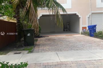 Home for Rent at 604 SW 10th St, Fort Lauderdale FL 33315