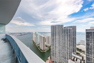 Home for Sale at 200 Biscayne Blvd Way #5104, Miami FL 33131