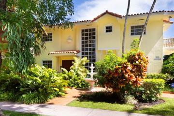 Home for Rent at 650 Alcazar Avenue, Coral Gables FL 33134