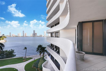 Home for Sale at 3000 Island Blvd #404, Aventura FL 33160