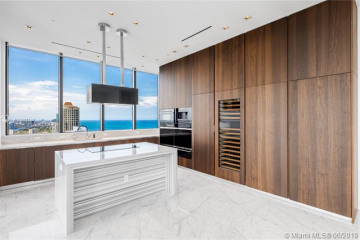 Home for Sale at 17141 Collins Ave #4002, Sunny Isles Beach FL 33160