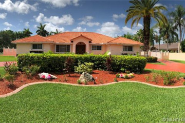 Home for Sale at 11040 SW 136th St, Miami FL 33176