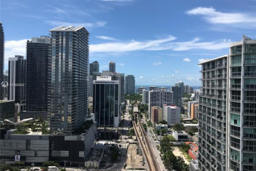Home for Sale at 92 SW 3rd St #3105, Miami FL 33130