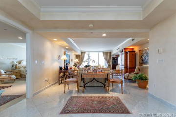 Home for Sale at 789 Crandon Blvd #1606, Key Biscayne FL 33149