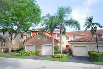 Home for Sale at 3804 San Simeon Cir, Weston FL 33331