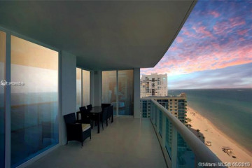 Home for Sale at 2711 S Ocean Dr #1903, Hollywood FL 33019