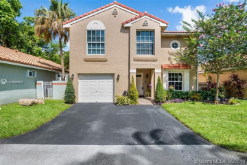 Home for Sale at 1511 Garden Rd, Weston FL 33326
