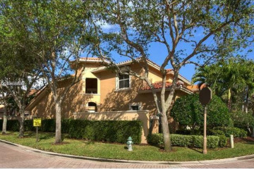 Home for Sale at 1466 Breakwater Ter, Hollywood FL 33019