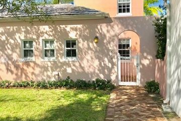 Home for Rent at 564 Loretto Ave #8, Coral Gables FL 33146