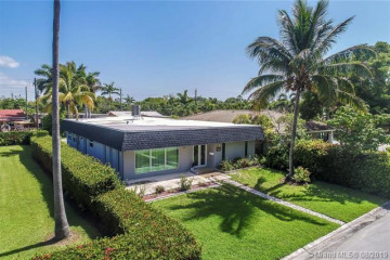 Home for Rent at 905 Lincoln Street, Hollywood FL 33019