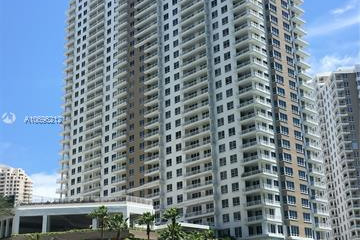 Home for Sale at 801 Brickell Key Blvd #2009, Miami FL 33131