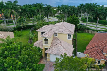 Home for Sale at 2604 SW 135th Ave, Miramar FL 33027