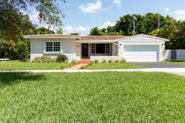 Home for Rent at 4930 Riviera Dr, Coral Gables FL 33146