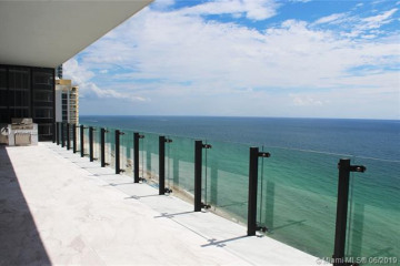 Home for Sale at 17141 Collins Ave #1601, Sunny Isles Beach FL 33160