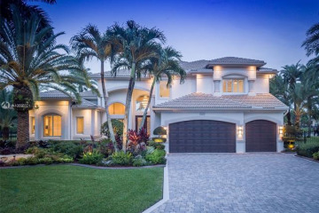 Home for Sale at 3536 Del Mar Ave, Davie FL 33328
