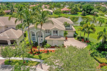 Home for Sale at 3981 SW 186th Way, Miramar FL 33029