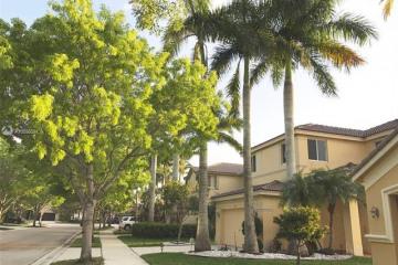 Home for Rent at 944 Golden Cane Dr, Weston FL 33327