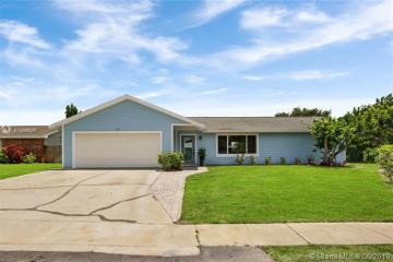Home for Sale at 224 Wingo, Tequesta FL 33469