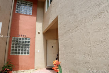 Home for Rent at 16369 Malibu Dr #53, Weston FL 33326