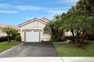 Home for Sale at 13417 NW 5th Ct, Plantation FL 33325