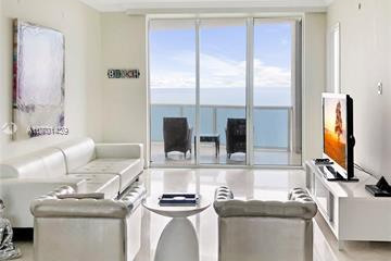 Home for Sale at 15811 Collins Avenue #2804, Sunny Isles Beach FL 33160