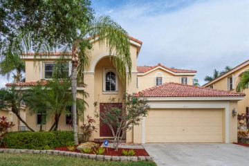 Home for Rent at 4107 Laurel Ridge Cir, Weston FL 33331