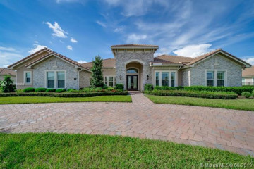 Home for Sale at 5700 N Sterling Ranch Dr, Davie FL 33314