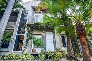 Home for Rent at 2986 Shipping Av, Coconut Grove FL 33133