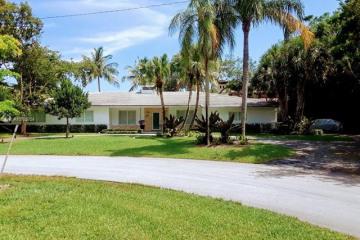 Home for Sale at 646 Sierra Cir, Coral Gables FL 33156