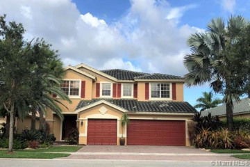 Home for Rent at 3922 W Whitewater Ave, Weston FL 33332