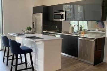 Home for Sale at 31 SE 6th St #1701, Miami FL 33131