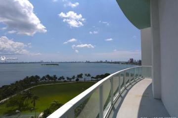 Home for Sale at 1900 N Bayshore Dr #1007, Miami FL 33132