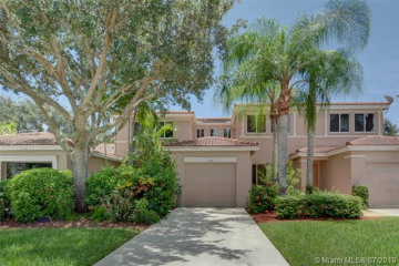 Home for Sale at 1734 SW 109th Ter, Davie FL 33324