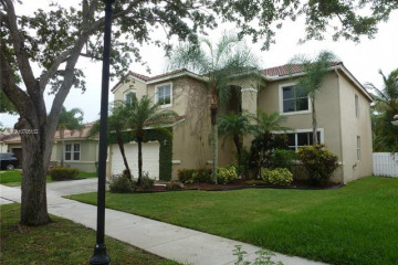 Home for Rent at 1559 Elm Grove Rd, Weston FL 33327