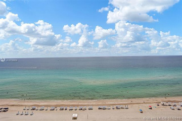 Home for Sale at 17001 Collins Ave #1604, Sunny Isles Beach FL 33160