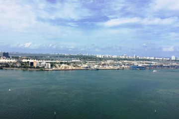 Home for Rent at 808 Brickell Key Dr #2101, Miami FL 33131
