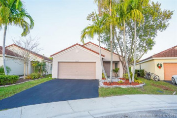 Home for Sale at 1367 Plumosa Way, Weston FL 33327