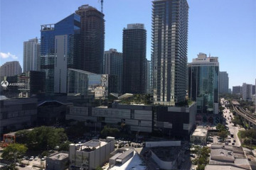 Home for Sale at 92 SW 3rd St #1903, Miami FL 33130