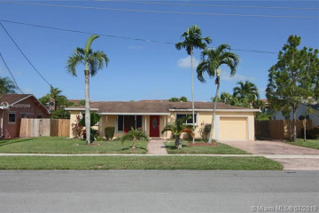 Home for Sale at 141 SW 127th Ave, Plantation FL 33325