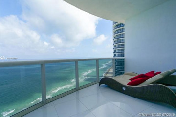 Home for Sale at 18201 Collins Ave #4309, Sunny Isles Beach FL 33160