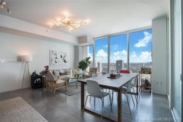 Home for Sale at 1040 Biscayne Blvd #3205, Miami FL 33132