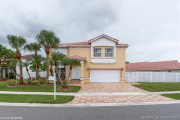 Home for Rent at 83 Gables Blvd, Weston FL 33326