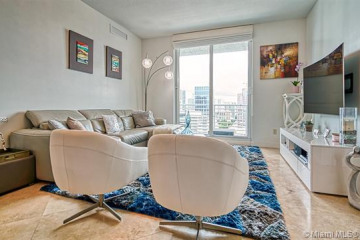 Home for Sale at 315 NE 3rd Ave #1805, Fort Lauderdale FL 33301