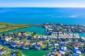 Home for Sale at 881 Harbor Dr, Key Biscayne FL 33149