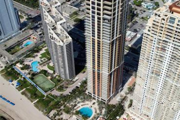 Home for Rent at 17749 Collins Ave #2102, Sunny Isles Beach FL 33160