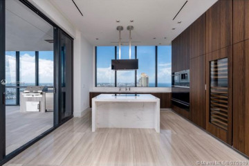 Home for Sale at 17141 Collins Ave #4102, Sunny Isles Beach FL 33160