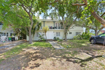 Home for Rent at 4851 University Dr, Coral Gables FL 33146
