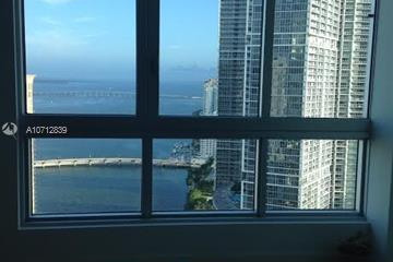 Home for Sale at 300 S Biscayne Blvd #T-3404, Miami FL 33131